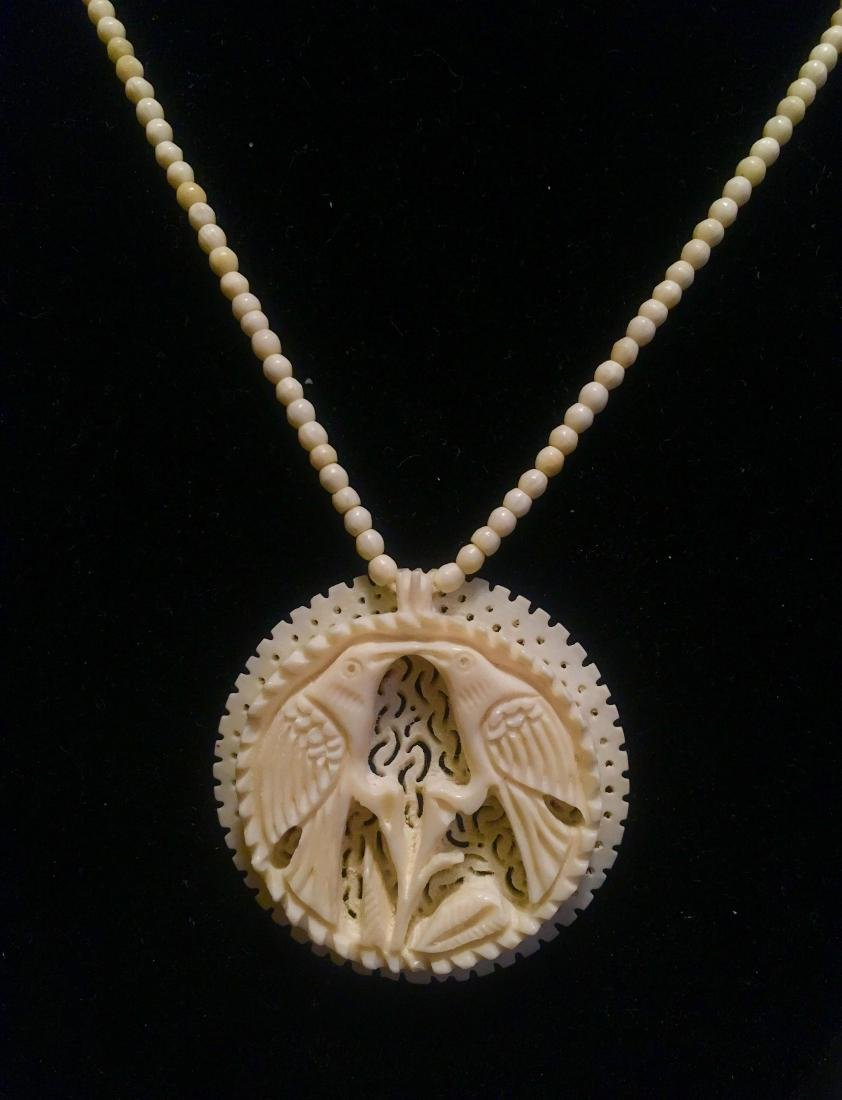 Vintage carved bone necklece