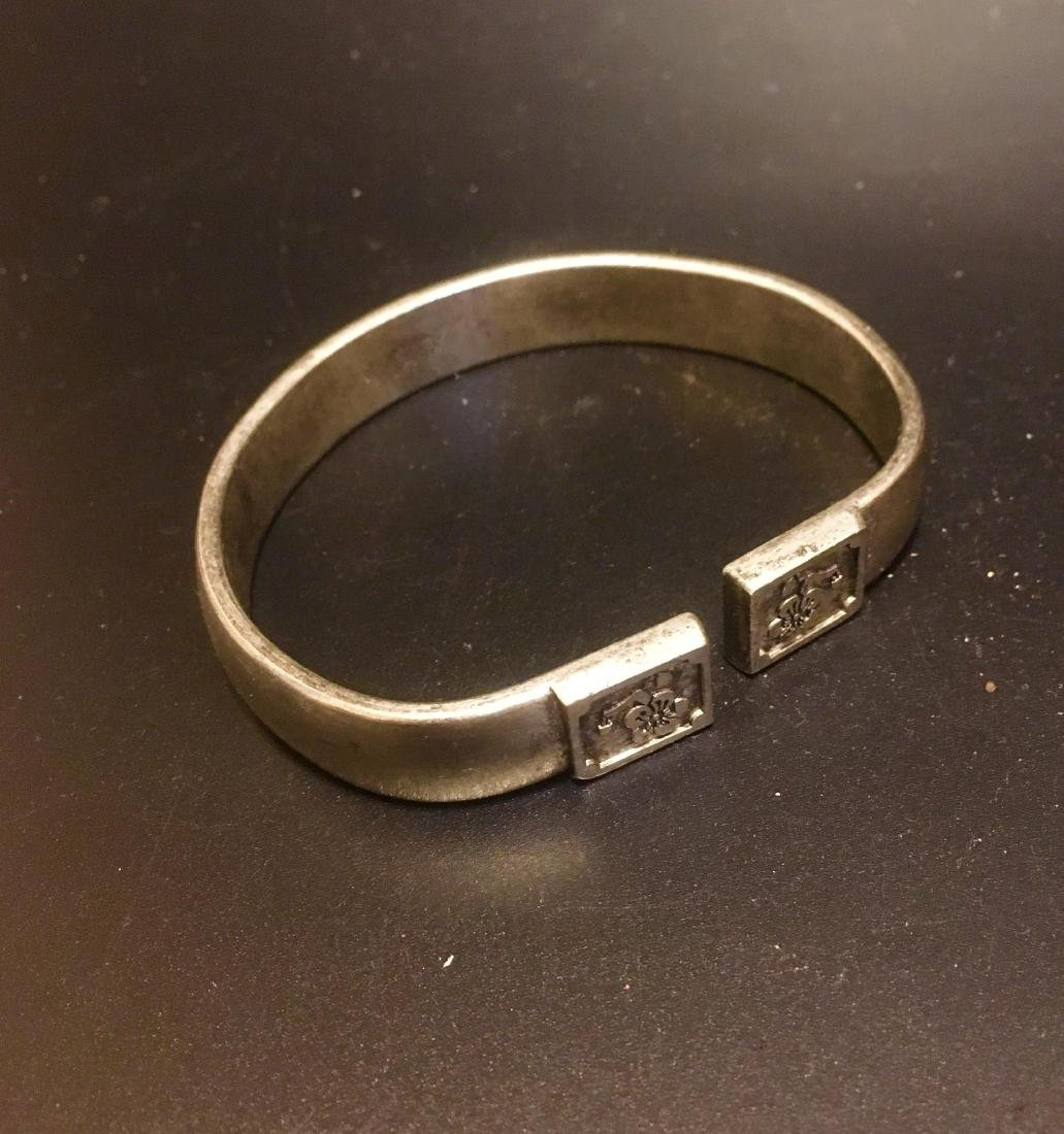 Chinise silver carving bangle
