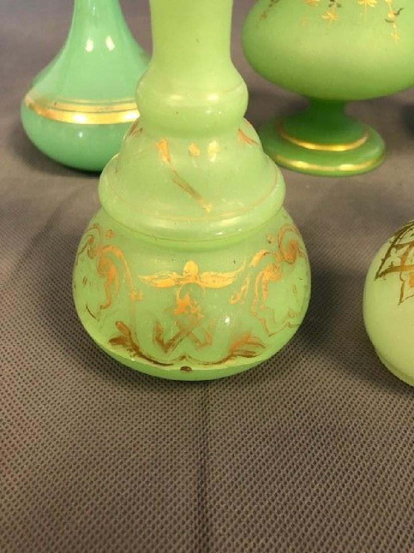 6 pieces of green french opaline - 2