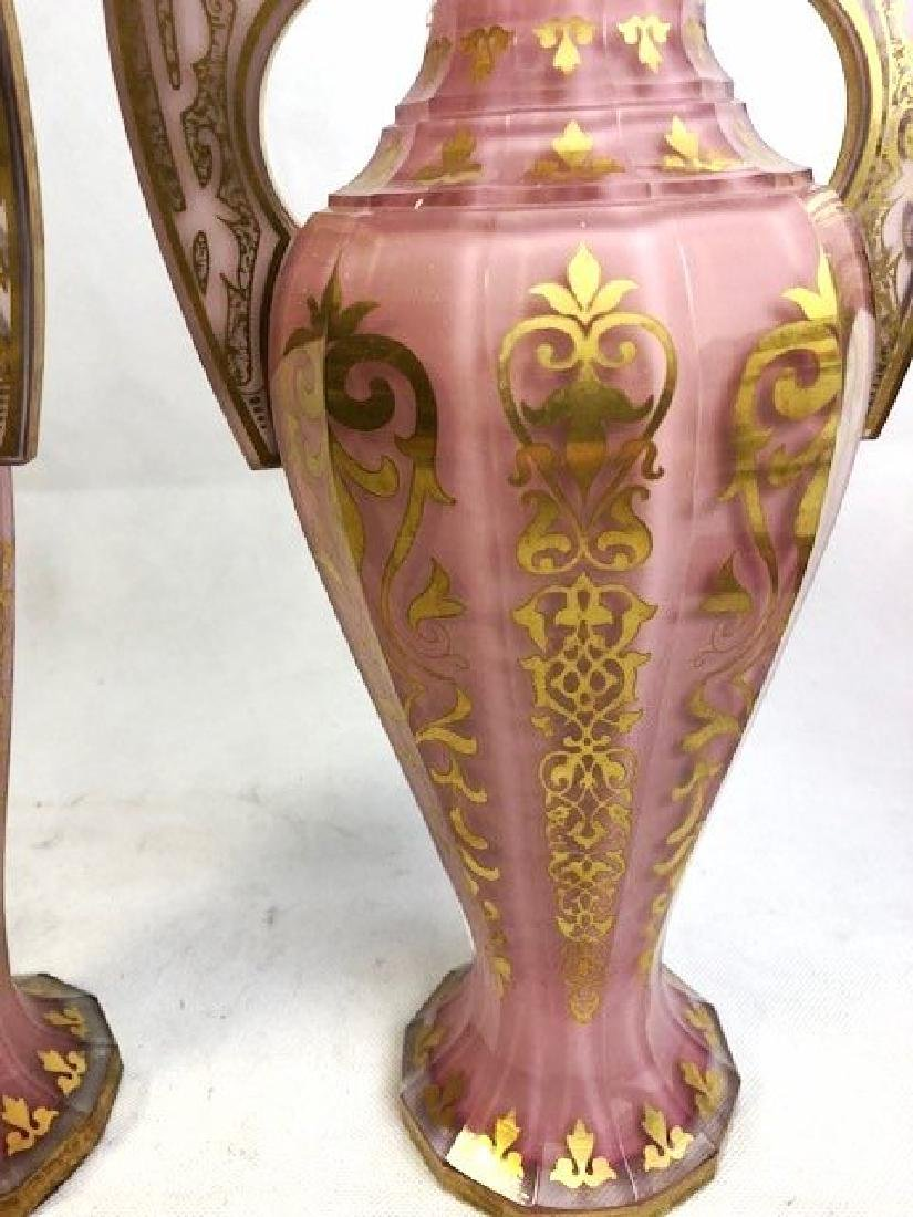 Magnificent Pair Of Pink Alhambra vases - 2