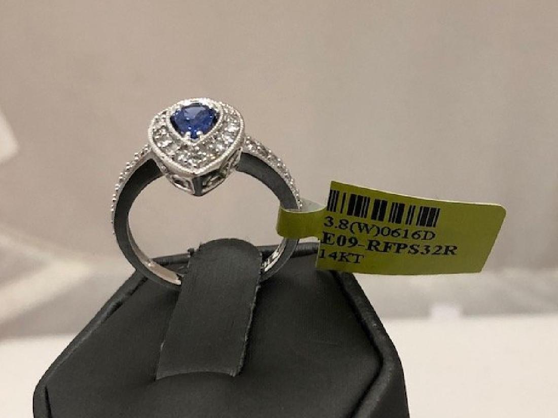 Beautiful Ladys 14k Diamond Ring