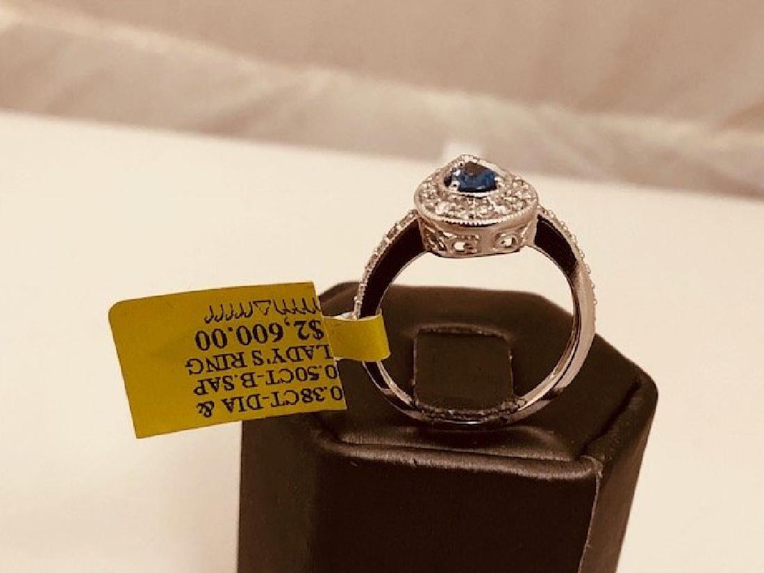 Beautiful Ladys 14k Diamond Ring - 2