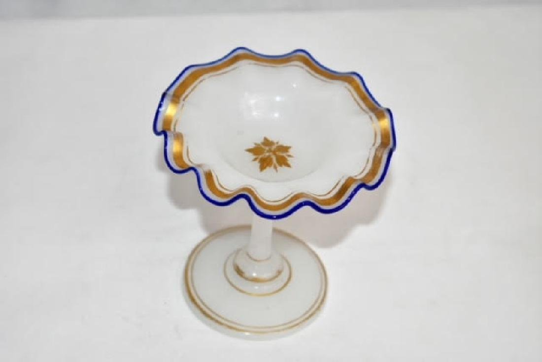 French opaline dish 10 by 11 cm - 2