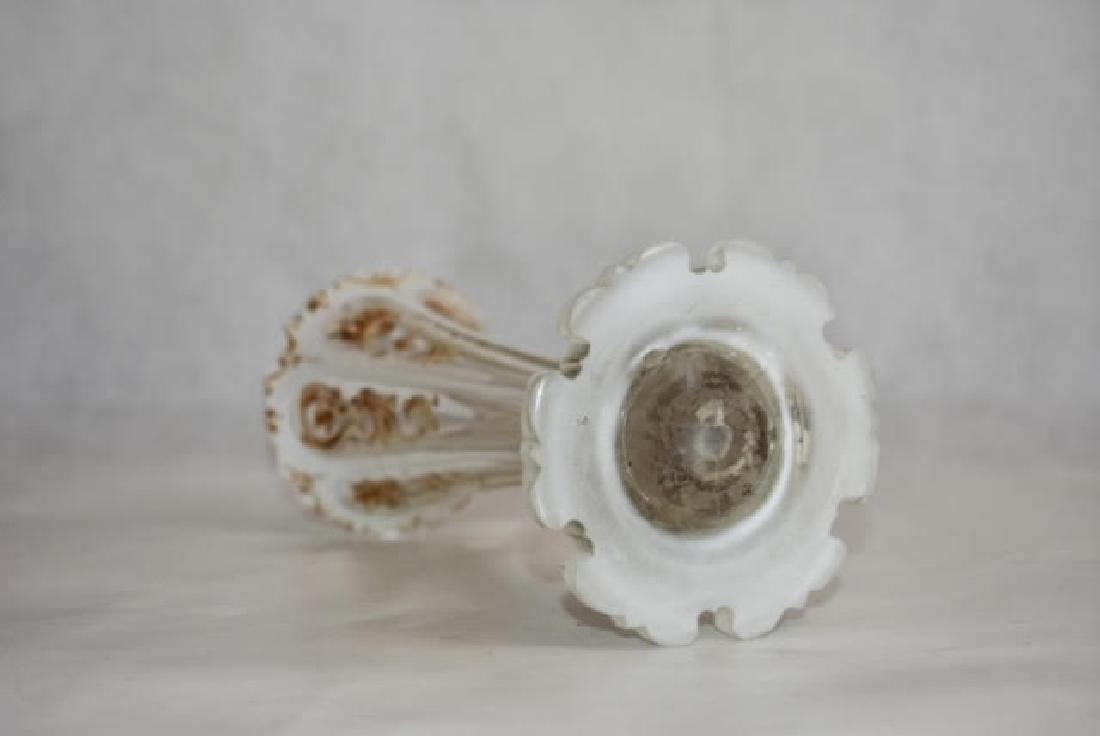 bohemian white overlay vase. 19 cm - 3