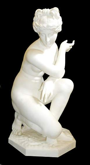 AFTER THE ANTIQUE, A LATE 19TH CENTURY CROUCHING VENUS,