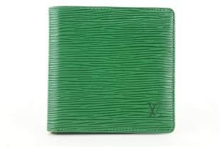 Louis Vuitton Green Epi Leather Borneo Men's Bifold