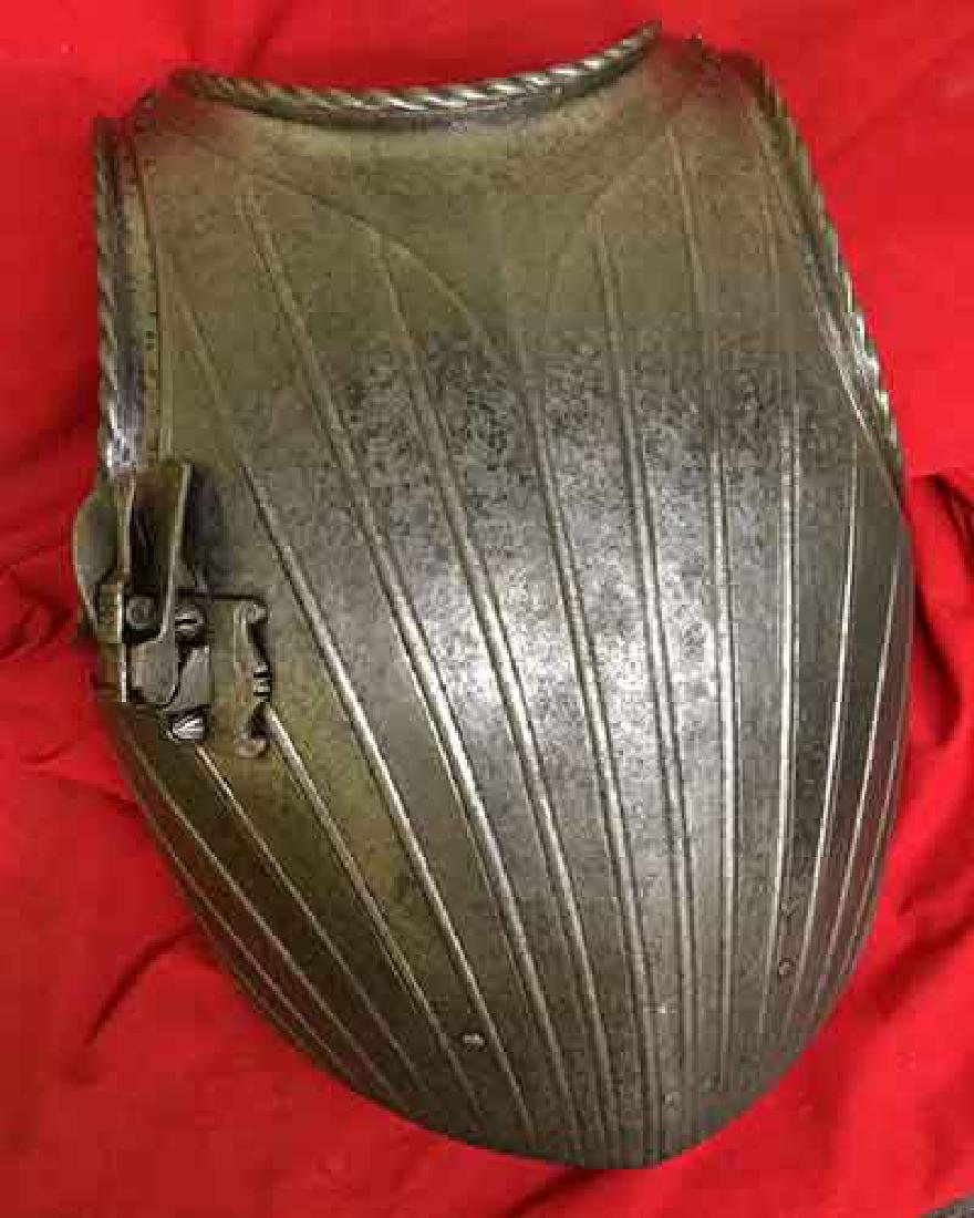RARE ITALIAN MAXIMILIAN INFANTRY BREASTPLATE WITH LANCE