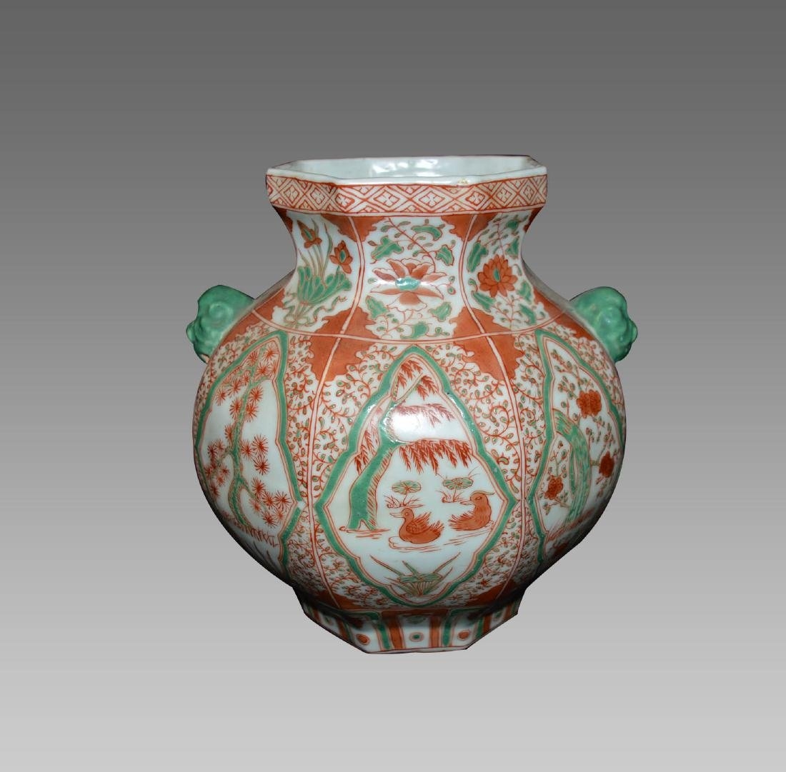 A RED AND GREEN GLAZE OCTANGULAR JAR