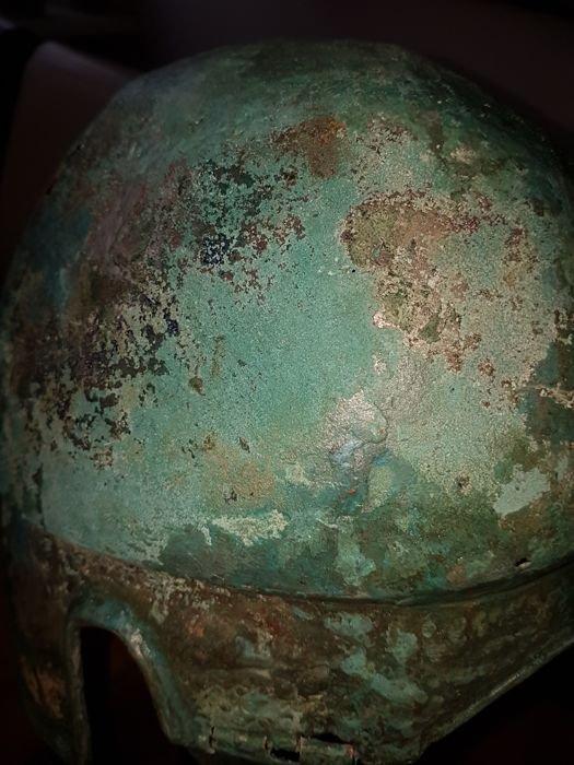 Greek Bronze helmet Chalcidician type - 6