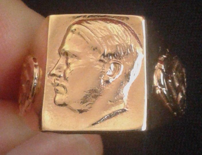 Gold ring Adolf Hitler with German Nazi Swastika 14,16g