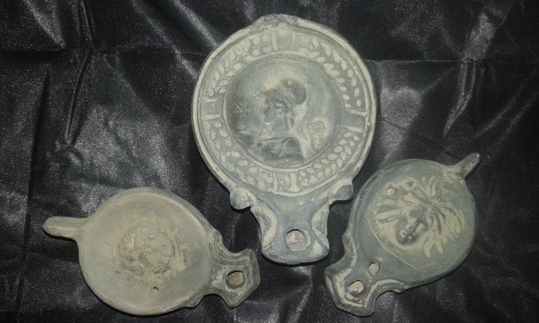 Roman oil terracotta lamp first century