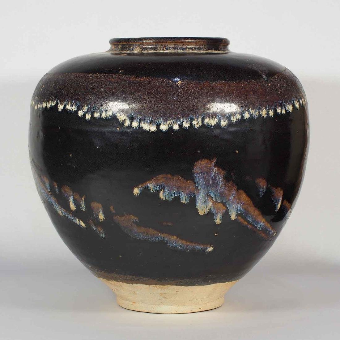 Large Jizhou Jar with Abstract Design, Southern Song