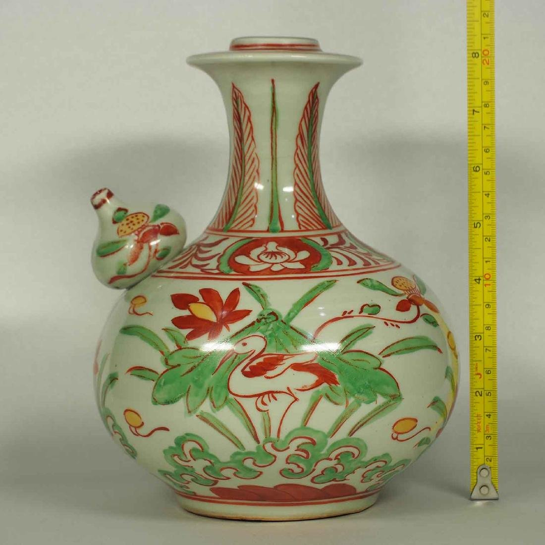 Wucai Kendi with Stork and Lotus, late Ming Dynasty - 10