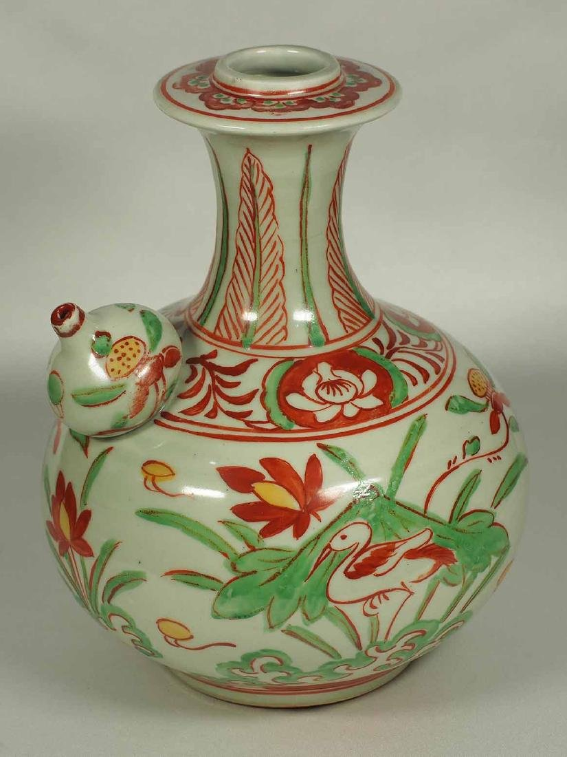 Wucai Kendi with Stork and Lotus, late Ming Dynasty