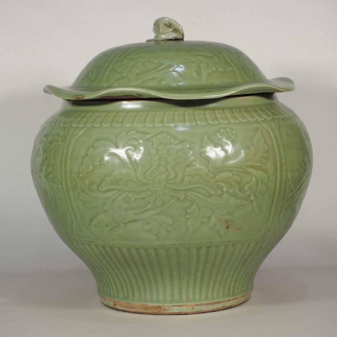 Large Longquan Celadon Lidded Jar with Carved Design,