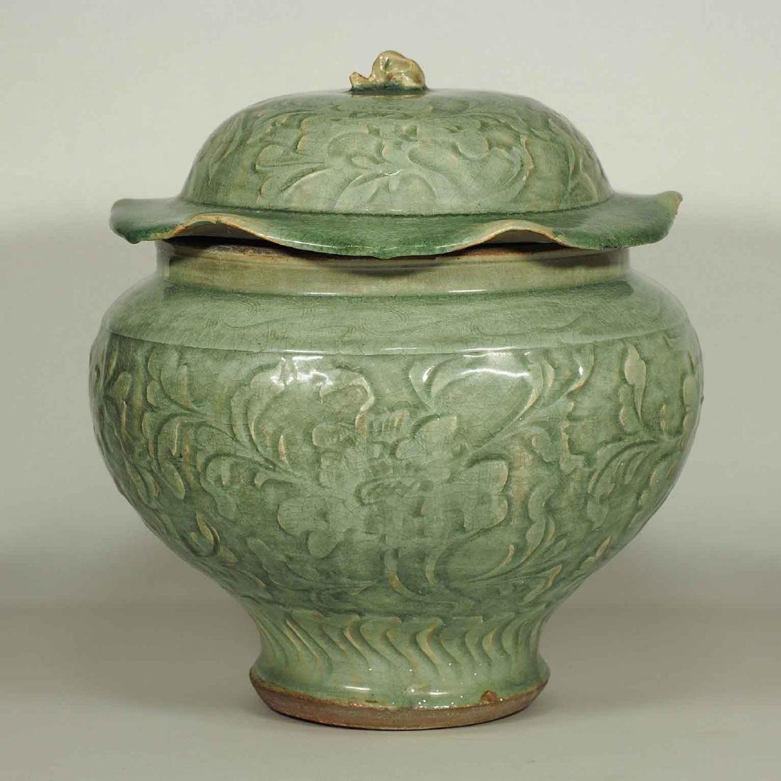 Large Longquan Lidded Jar with Carved Peony. Early Yuan