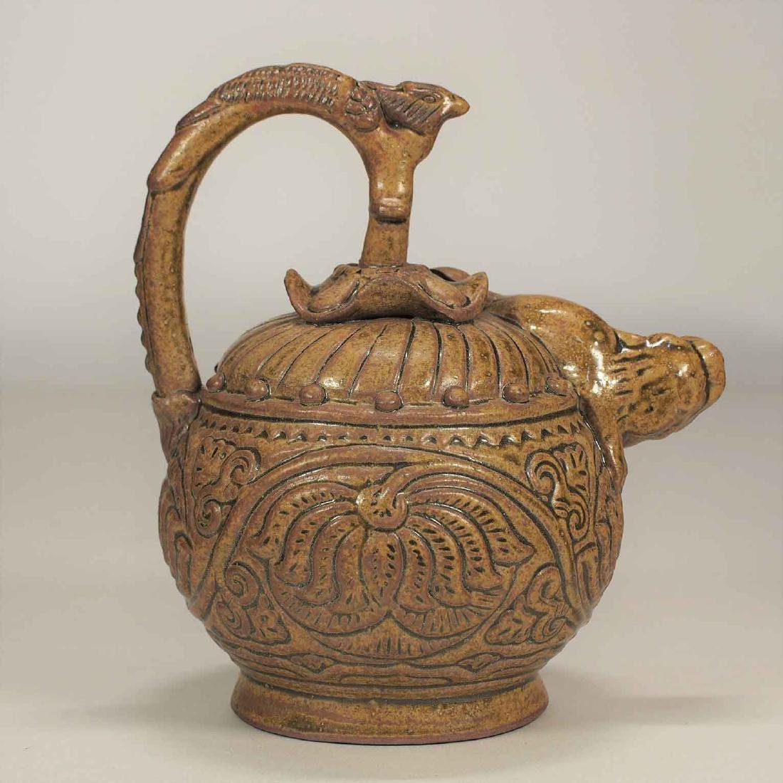 Celadon Reverse-Flow Ewer with Qilin Spout, Eastern - 4