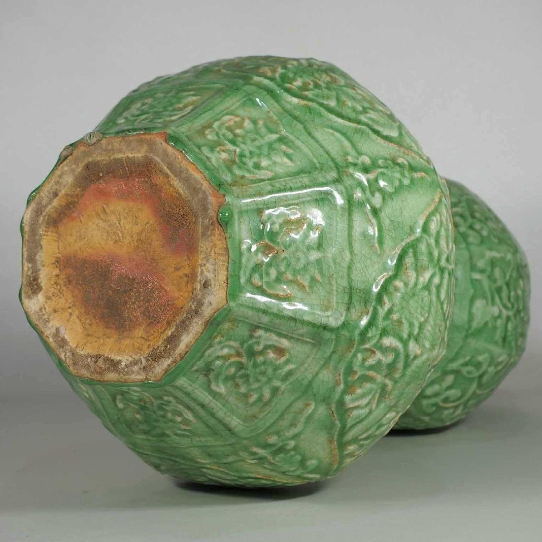 Massive Octagonal Longquan Double Gourd, early Ming - 11