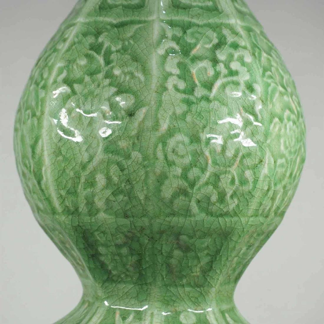 Massive Octagonal Longquan Double Gourd, early Ming - 5