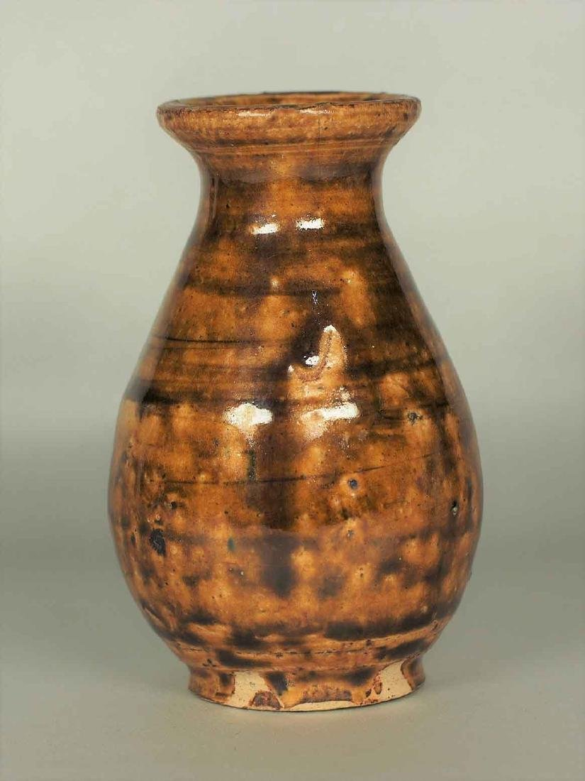Brown Glaze Bottle Vase, Jin-Song Dynasty