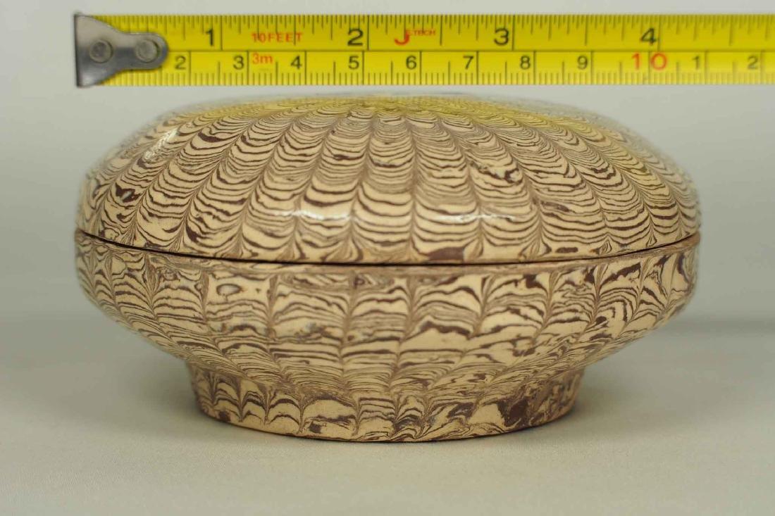 Twisted Marble-Glaze Lidded Box - 10