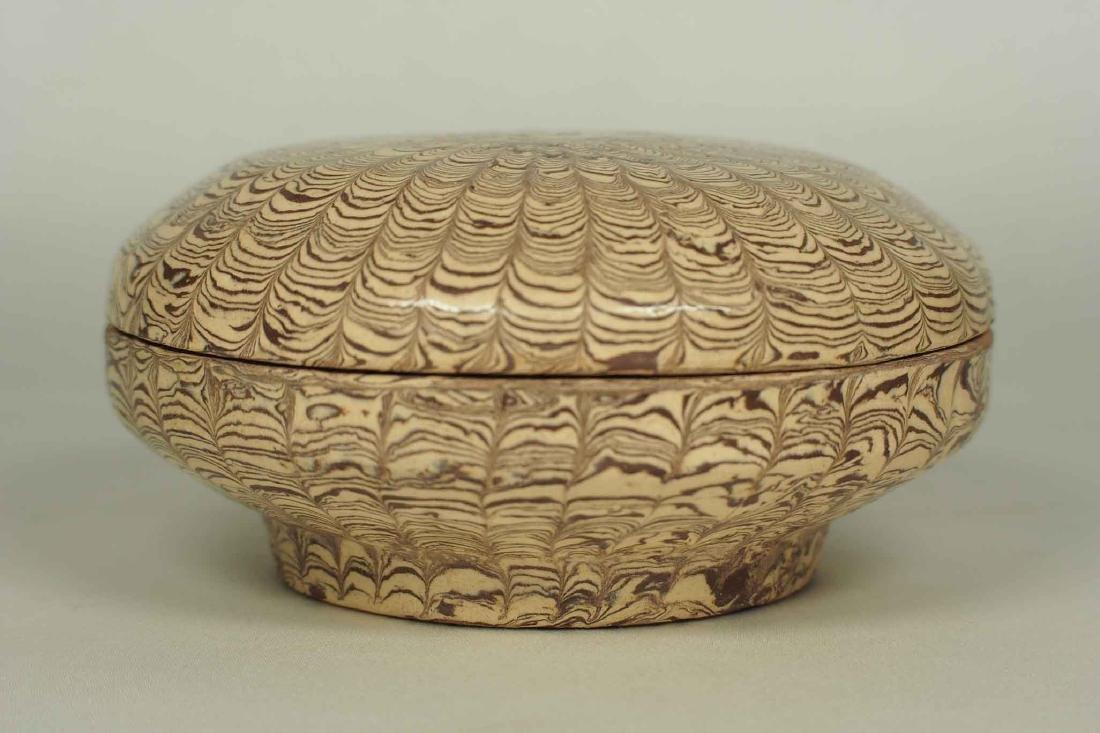 Twisted Marble-Glaze Lidded Box - 2