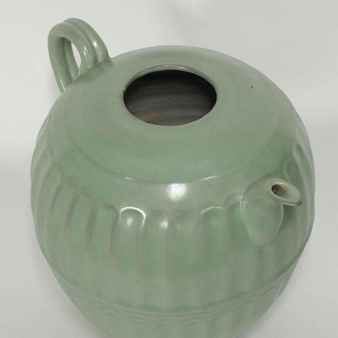 Longquan Fluted Ewer with Lid, late Southern Song - 6