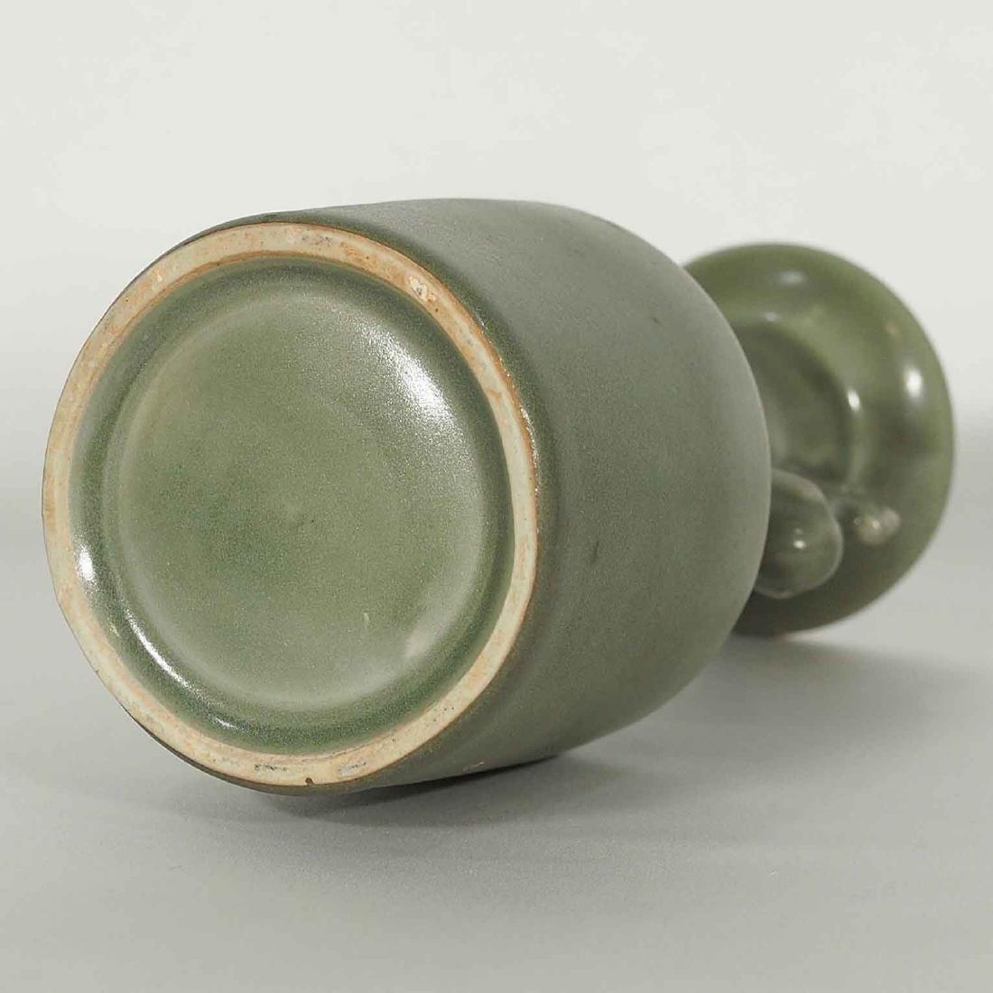 Longquan 'Kinuta' Mallet Vase, Southern Song Dynasty - 7