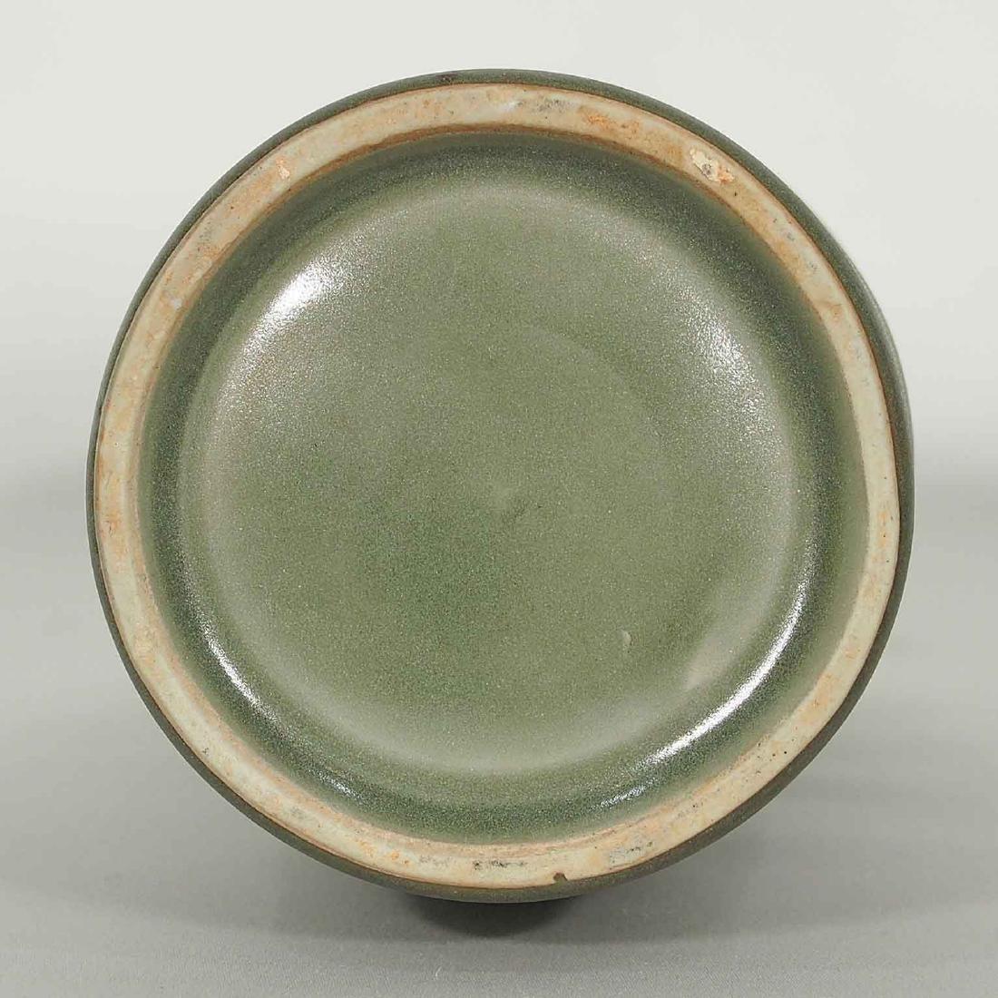 Longquan 'Kinuta' Mallet Vase, Southern Song Dynasty - 8