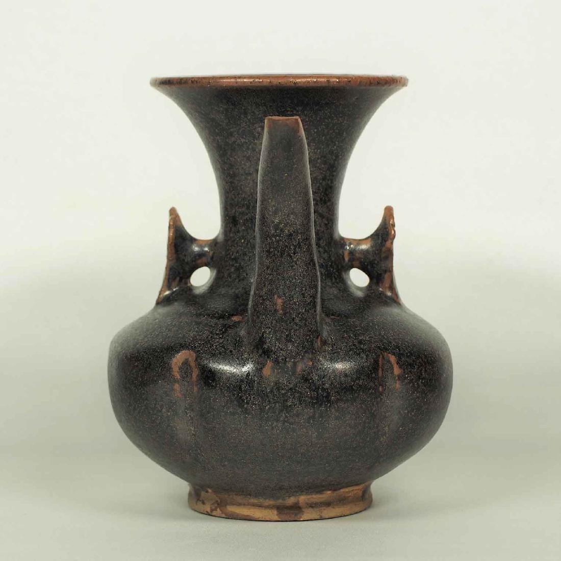 Black glaze ewer, Song Dynasty. Lobbed Ewer - 4