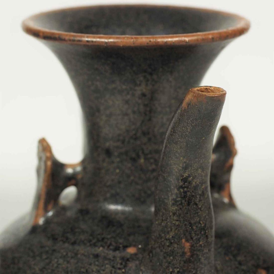 Black glaze ewer, Song Dynasty. Lobbed Ewer - 5