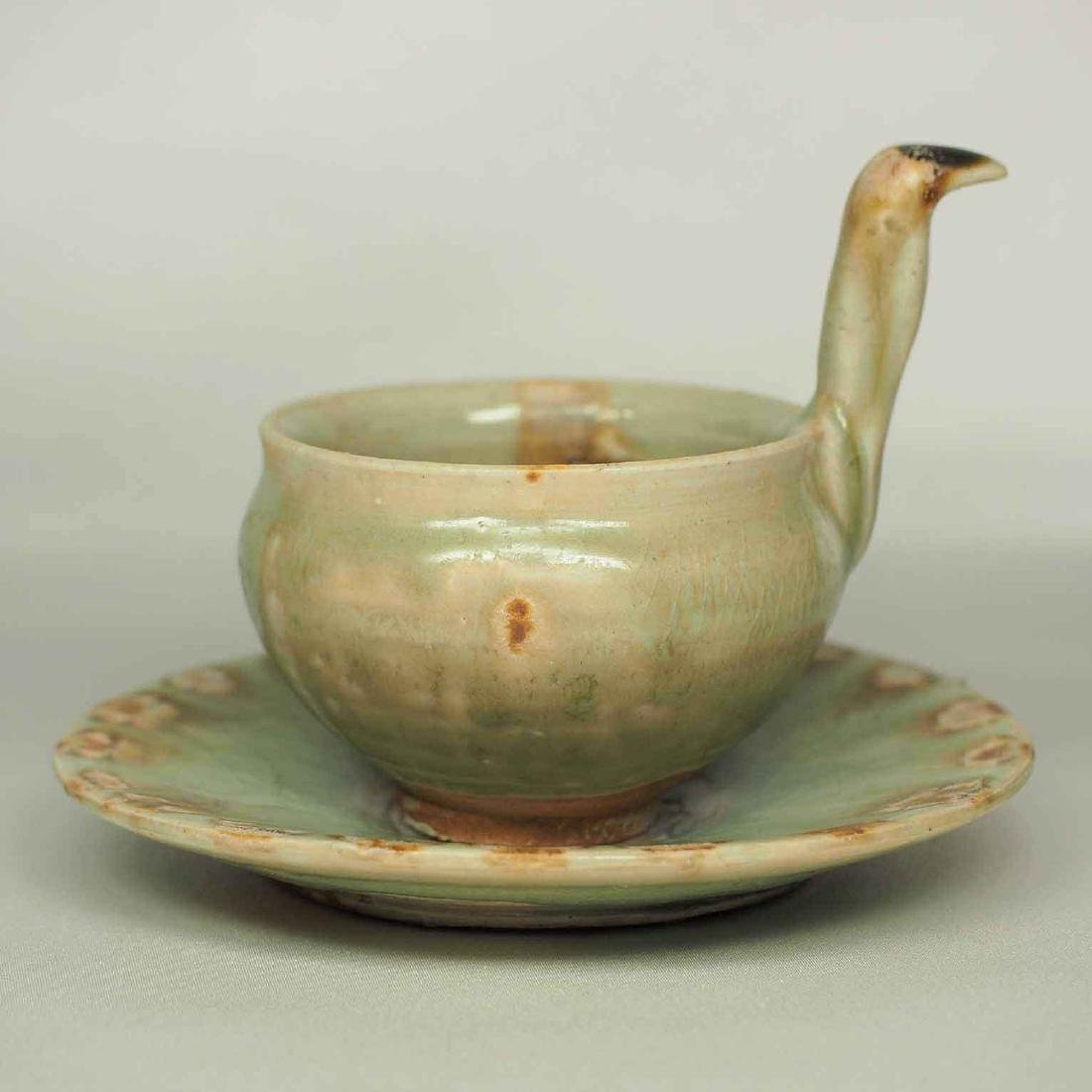 Spoon and Saucer with Incised Lotus, Eastern Jin - 2
