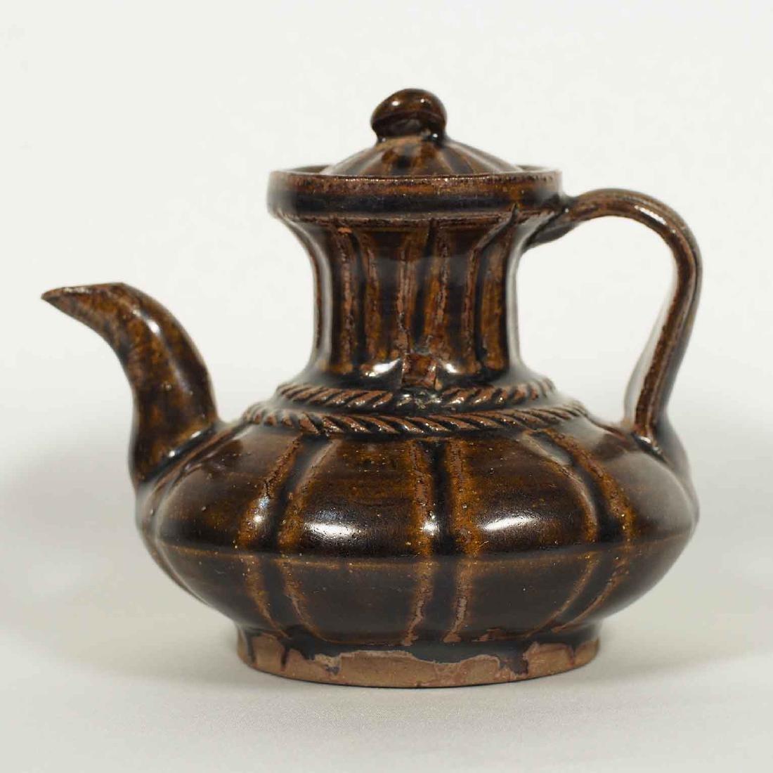 Black glazed Arabic Style Ewer with Lid, Song Dynasty
