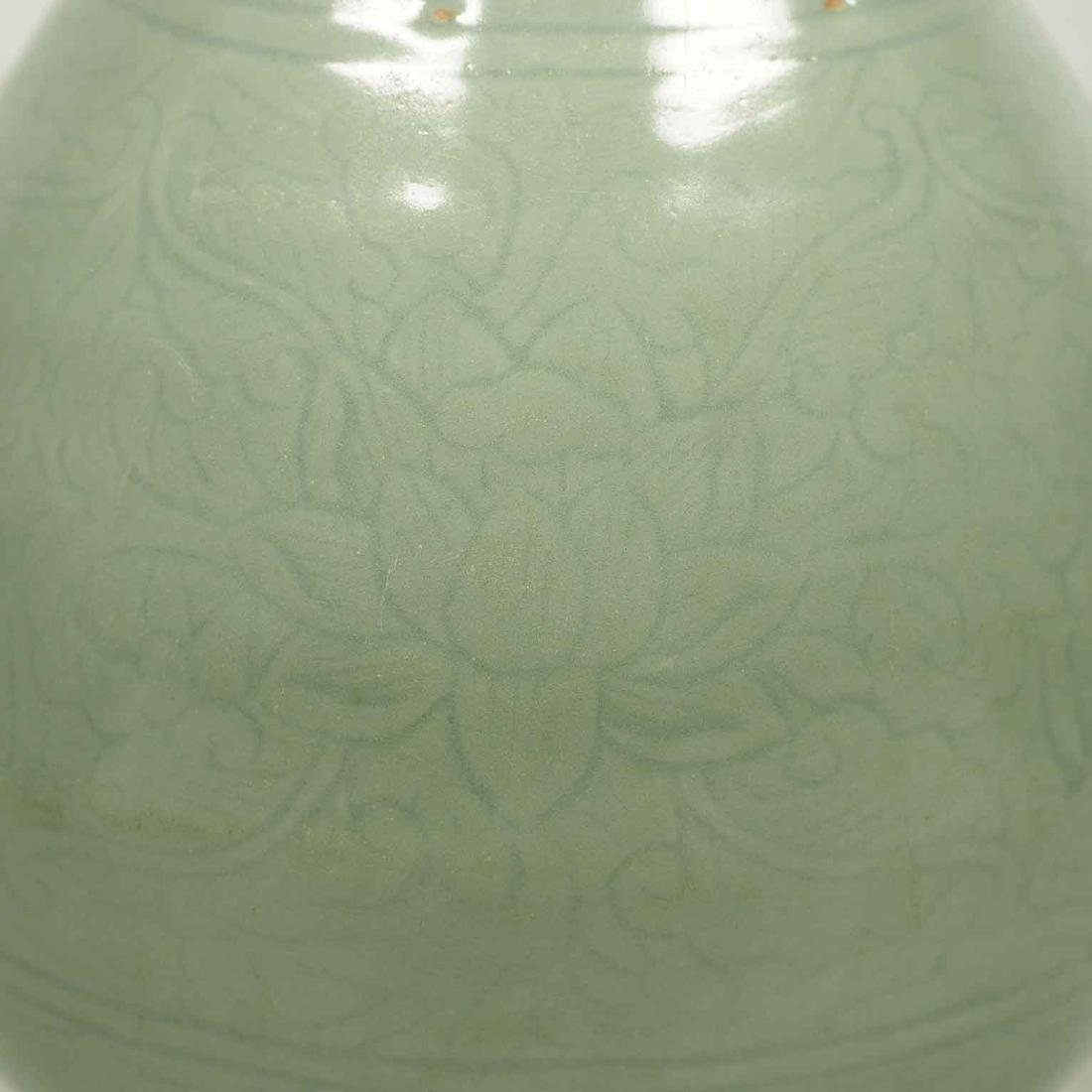 Longquan Yuhuchun Vase, Yuan-early Ming Dynasty - 4