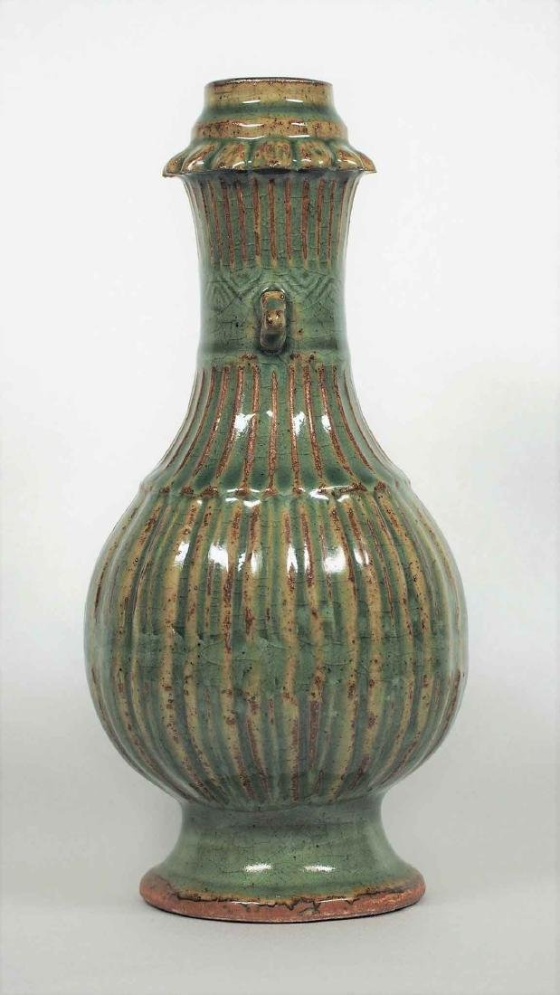 Longquan Fluted Vase, Southern Song Dynasty - 4