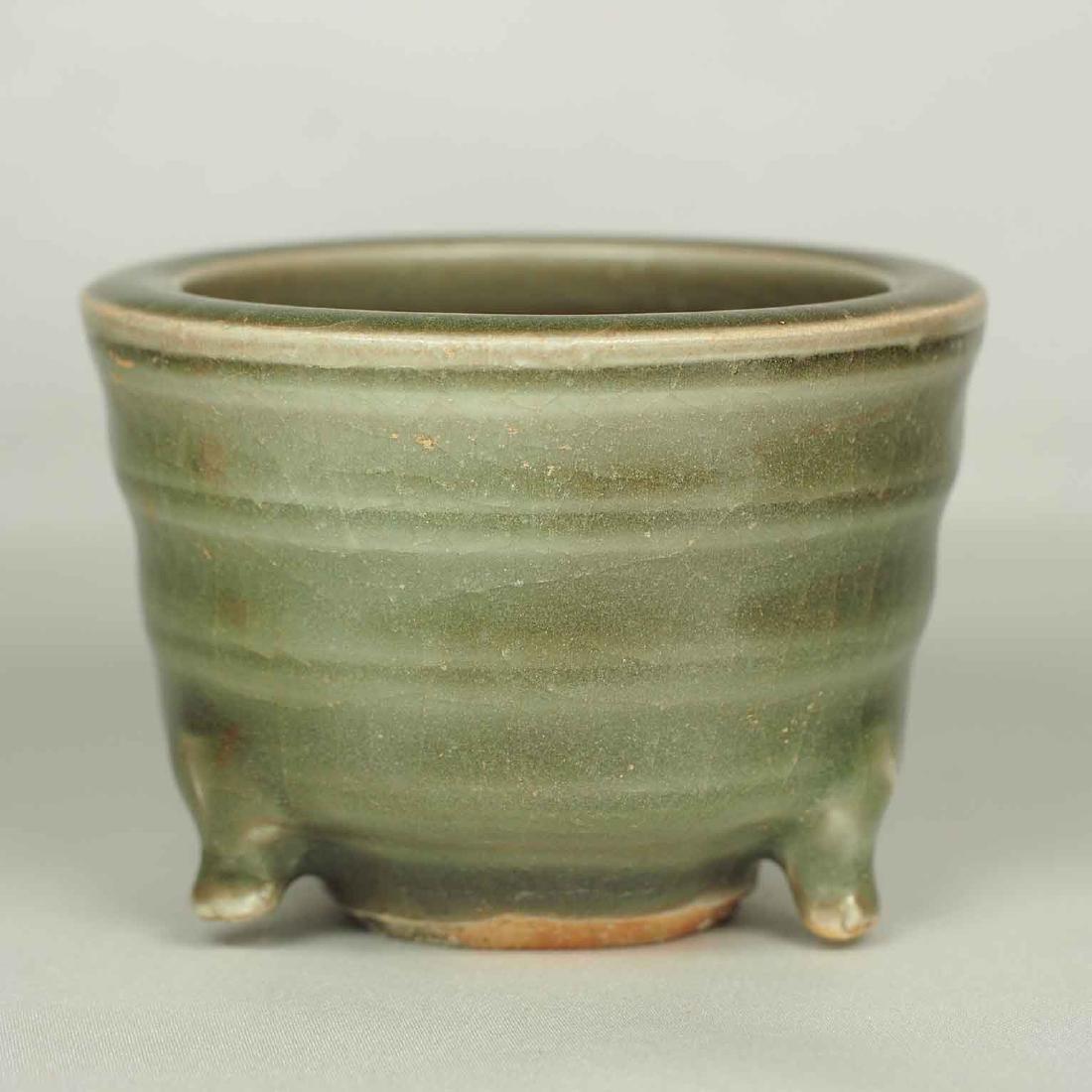 Small Longquan Tripod Censer, Yuan Dynasty