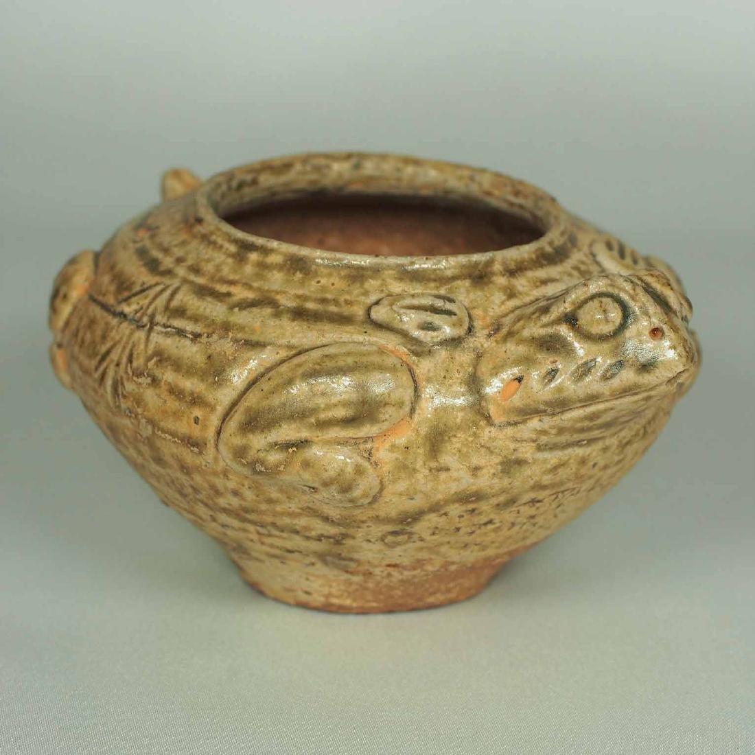 Proto-Porcelain Turtle-Form Water Pot, Han Dynasty