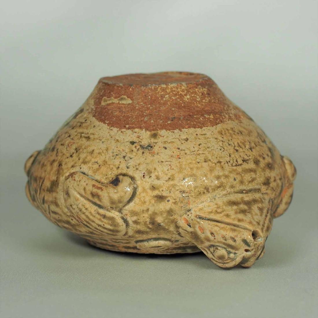 Proto-Porcelain Turtle-Form Water Pot, Han Dynasty - 9