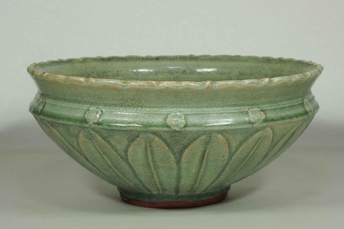Large Longquan Bowl with Carved Lotus Petal, early Yuan