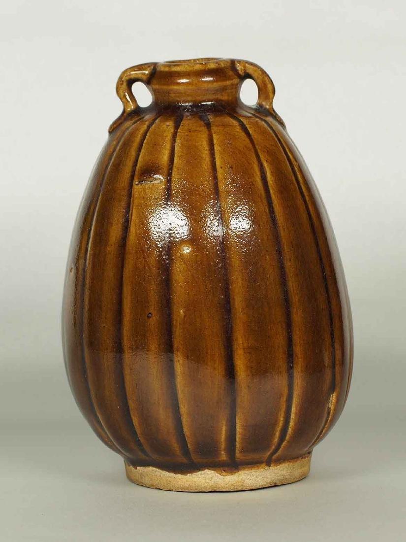 Brown Glaze Jarlet with Two Lugs, Sukhothai