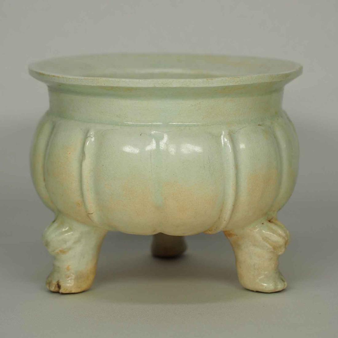 Qingbai Lobbed Tripod Censer, Yuan Dynasty