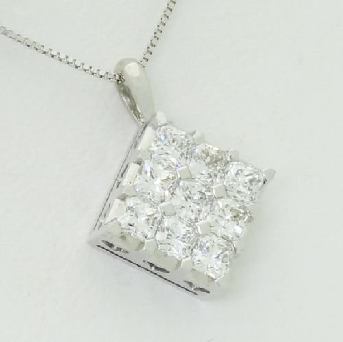 18K Gold 1.28 Carat TCW VVS1-2 E-F Diamond Pendant