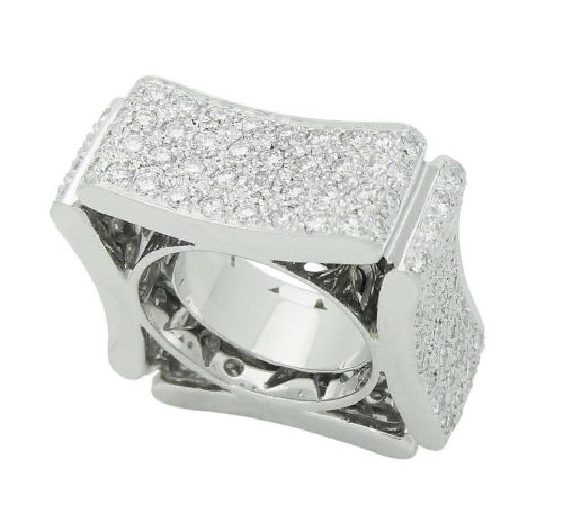 Modern Italian 18k White 5.00 TCW VS E-F Diamond Ring