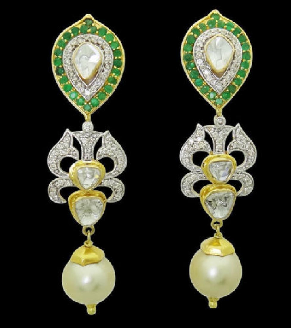 Estate 22k Gold 2.50 TCW Diamond & Emerald Pearl Drop