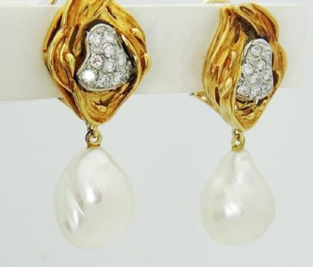 18k Yellow Gold & 1.00 Carat Diamond & Pearl Dangle