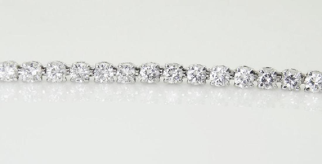 Van Cleef & Arpels Plat 950 20 Carat Diamond Necklace - 7