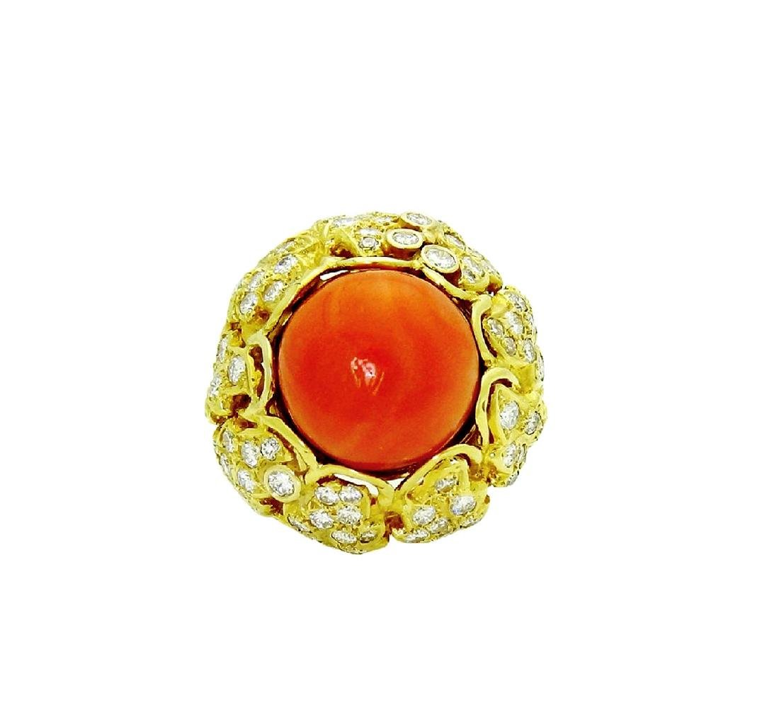 Stunning 18K Gold Coral center stone and Diamond Ring