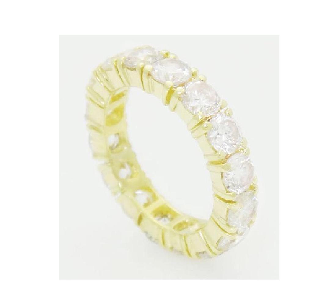18k Gold 3.20 Carats TCW Diamond Eternity Band Ring - 2