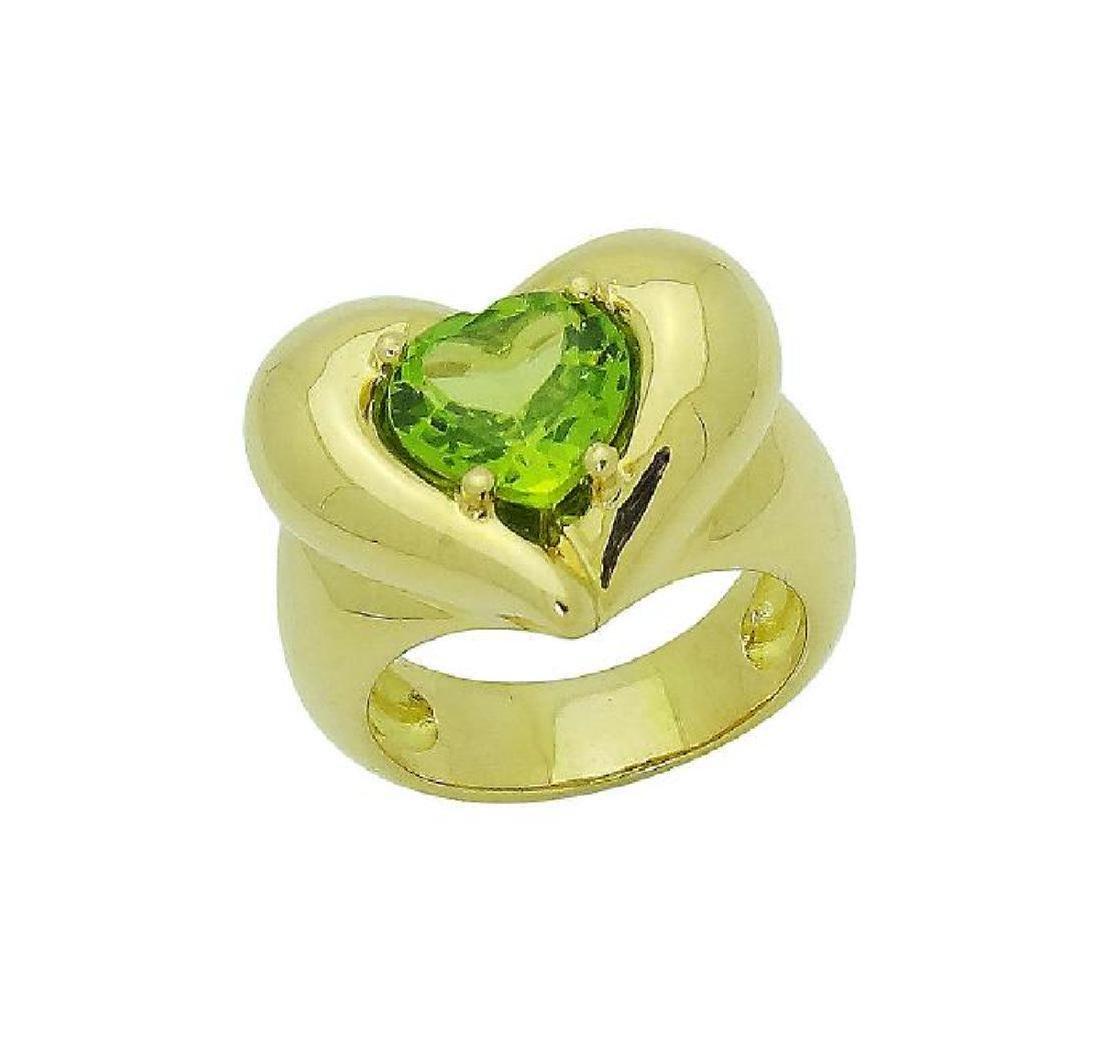 Van Cleef & Arpels 18k Y Gold Heart Shape Peridot Ring - 3
