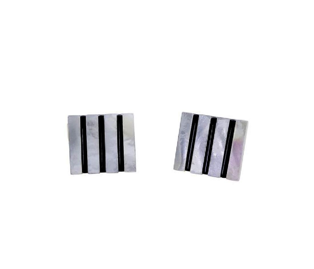 18k Yellow Gold Mother Of Pearl & Black Onyx Cufflinks